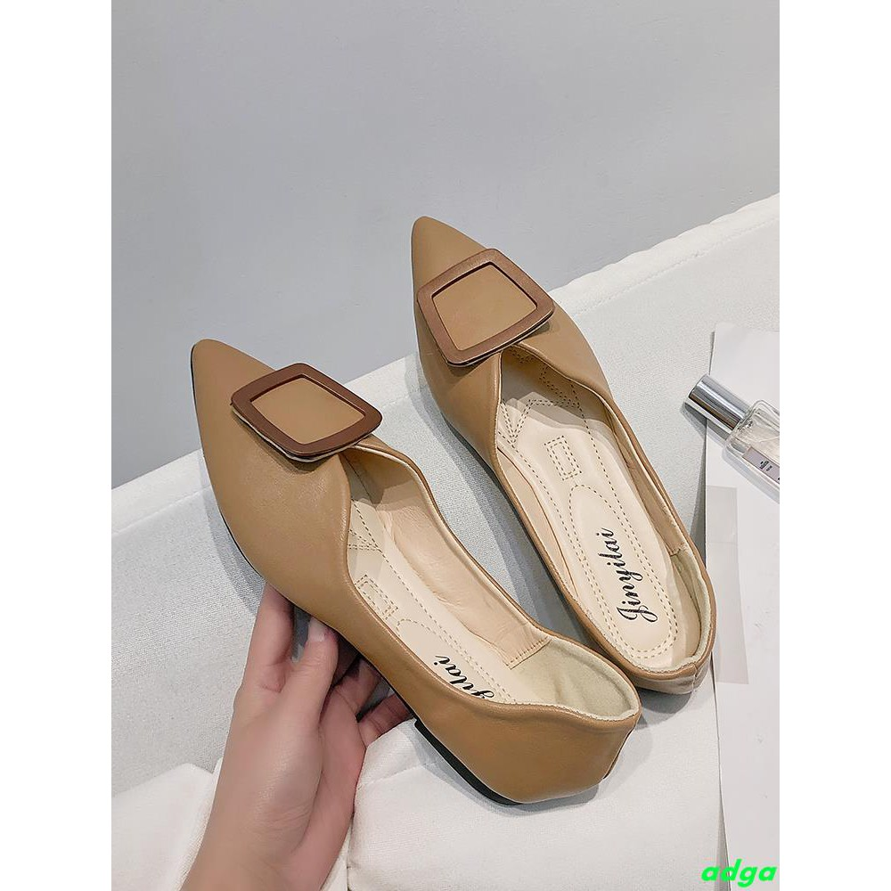 Single shoes female 2019 spring Korean version of the buckle flat bottom pointed shallow mouth temperature soft bottom w