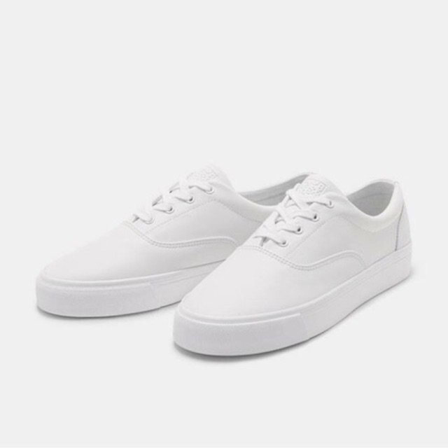 Giày BERSHKA Nam size 40,41 authentic