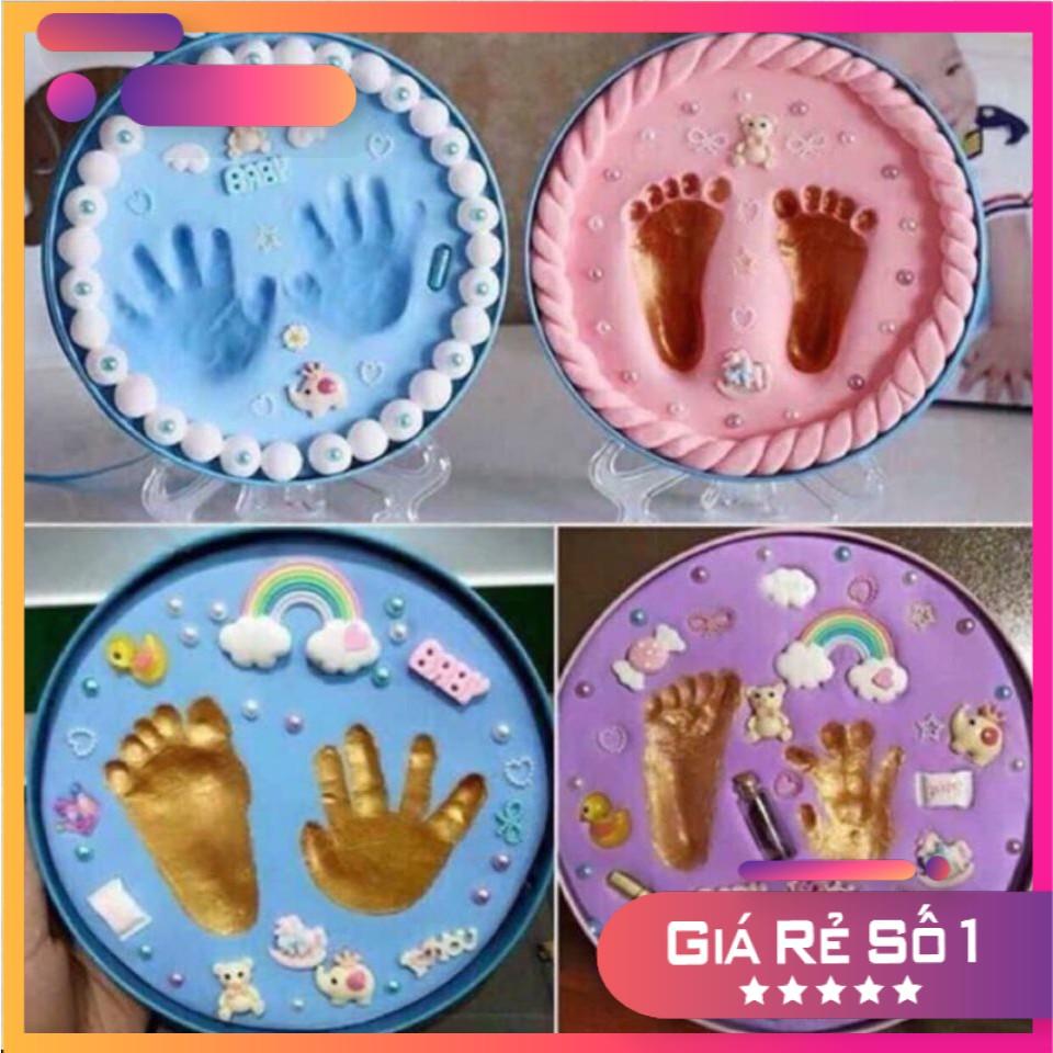 Khung hình đất sét in dấu tay chân cho bé lưu giữ dấu tay dấu chân cho bé, có tặng nhiều món GD204