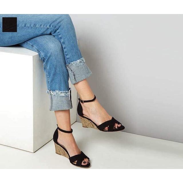 Sandal Newlook size 38 màu đen