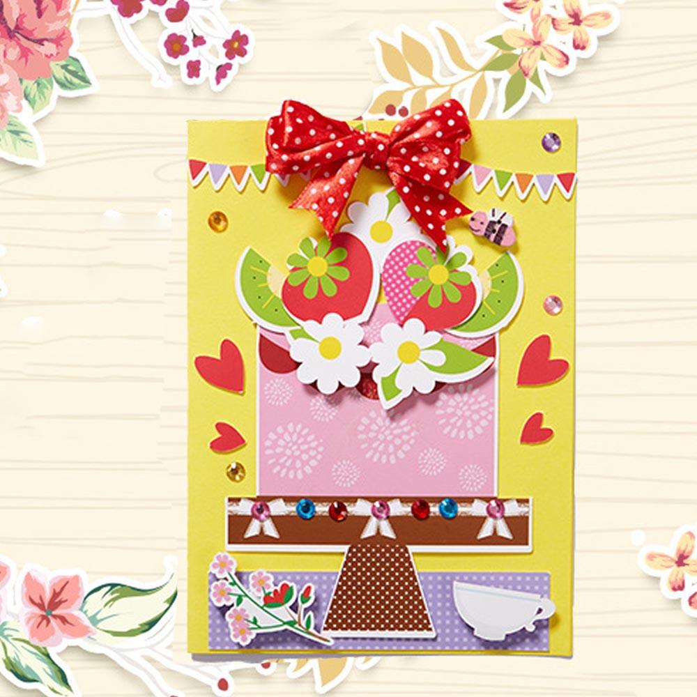 Thiệp Chúc Mừng Ngày Của Mẹ In Chữ Và Hoa 3d Sáng Tạo Cổ Điển