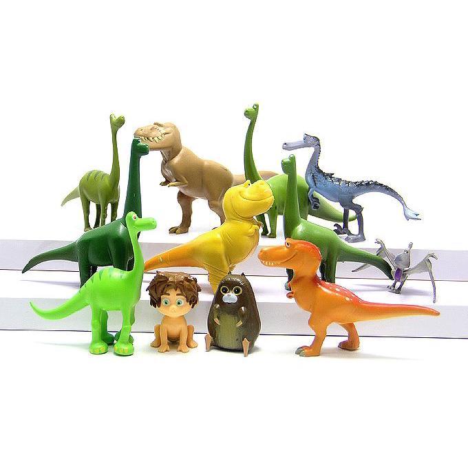Trang trí khủng long + cậu bé