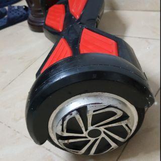 Xe điện cân bằng bánh 6.5 inch phát nhạc qua bluetooth