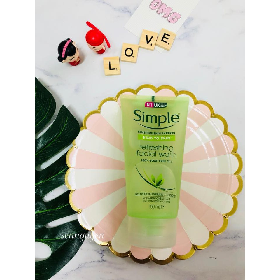 Simple Kind To Skin Refreshing Facial Wash Gel (Hàng UK, 1