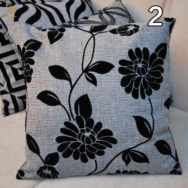 Áo bọc gối sofa họa tiết hoa lá