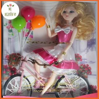 Bộ đồ chơi búp bê kèm xe đạp