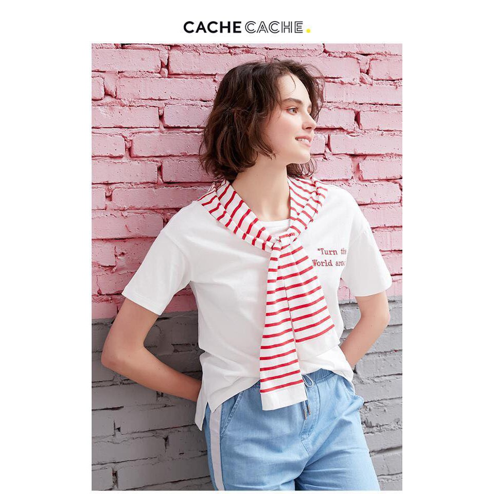 Áo thun trắng Cache