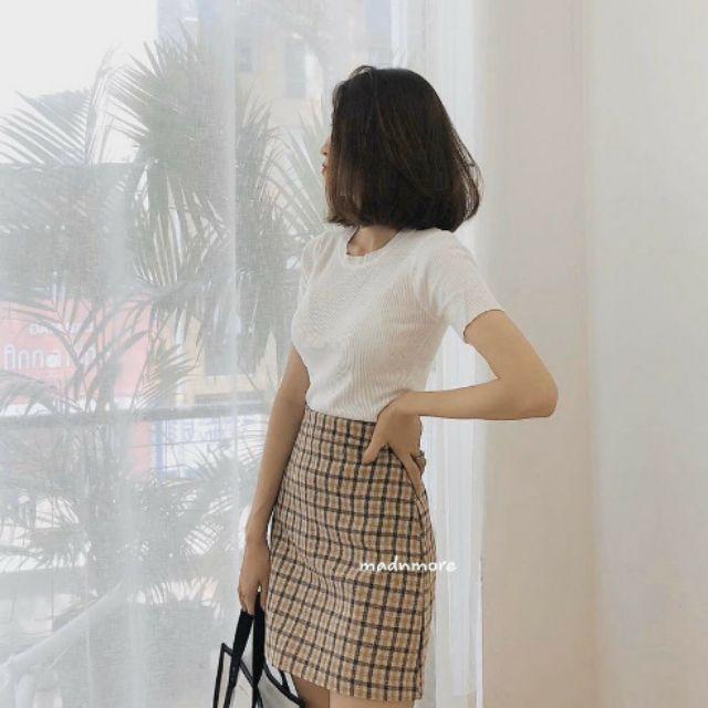 [Mã WAINCU20K giảm 20k đơn 50k] Set áo thun và chân váy caro - áo thun trắng và chân váy chữ A