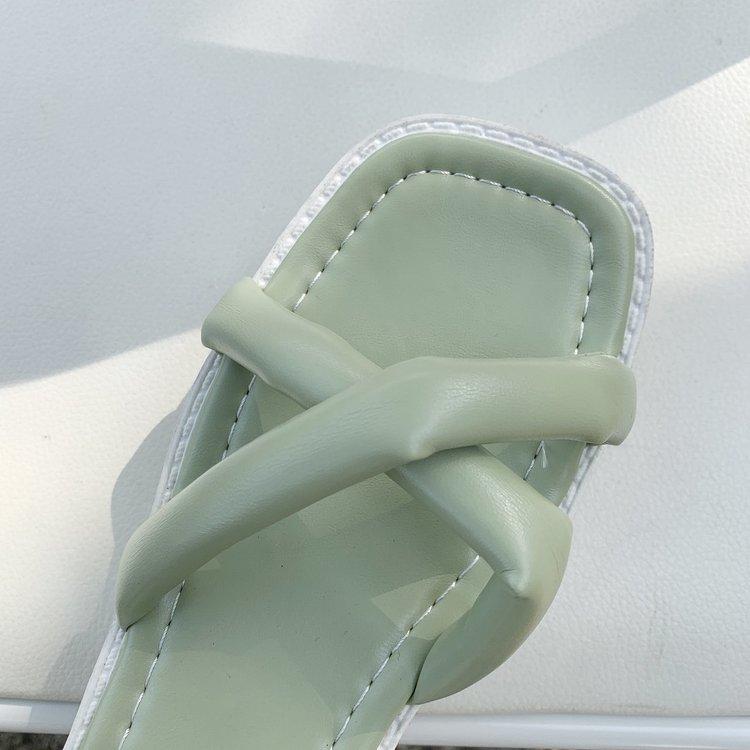 Giày Sandal Nữ Mũi Vuông Quai Chéo Thời Trang