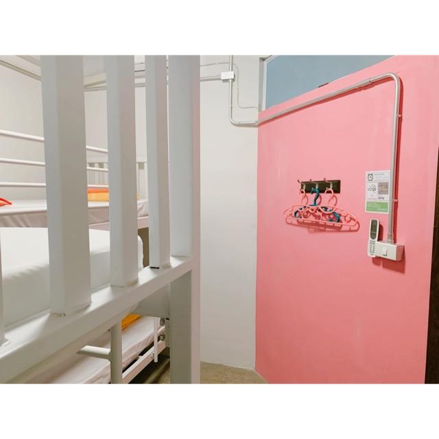 ห้องพักสำหรับ 4 คน ใจกลางเมืองภูเก็ต ที่ Sleep Sheep Hostel & Cafe' Phuket