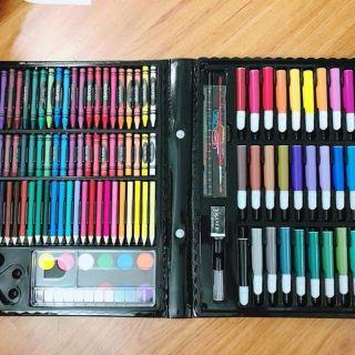 Set 150 cho tiết bút màu cho bé