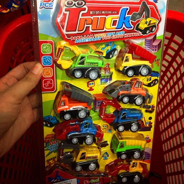 SALE Combo 8 xe đồ chơi