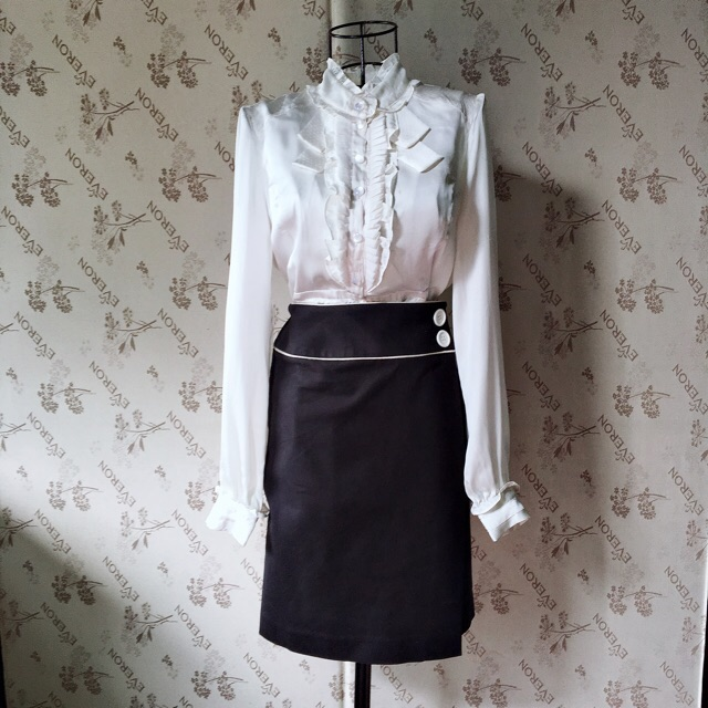 Size S Chân Váy Bút Chì Vạt đắp Phối Khuy Kiểu Nhật Giảm 71