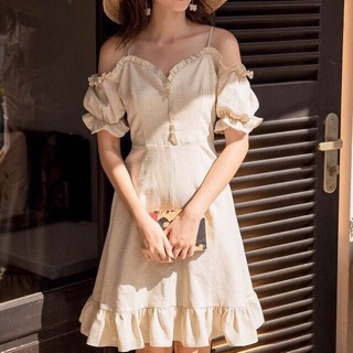 Váy bánh bèo hàng suất dư .có tem mac đầy đủ rõ ràng from dáng chuẩn mặc đi chơi đi chụp ảnh đi đám cưới cho cô nàn thumbnail