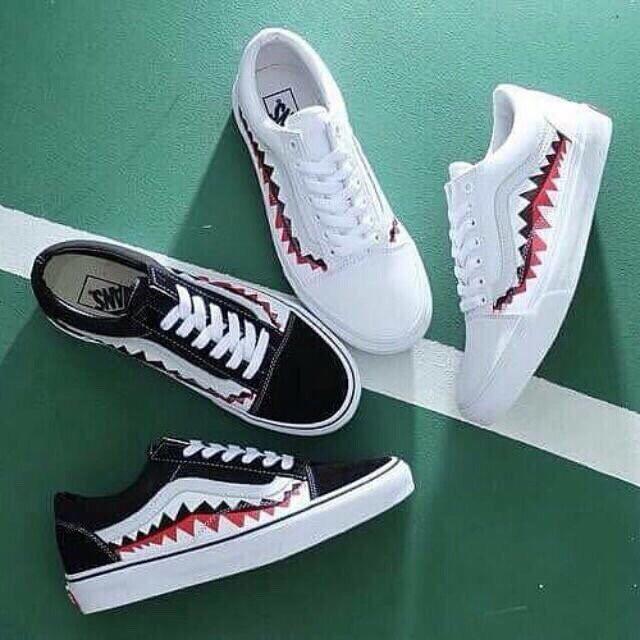 sneaker vải cá mập đen