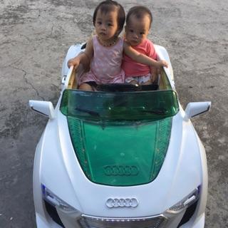 Ô tô điện trẻ em 2 chỗ ngồi NEl-8899