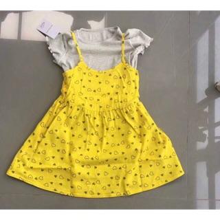 Váy áo vàng