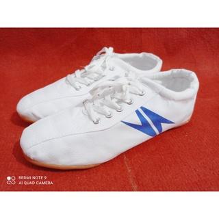 ❤️ FREESHIP❤️ giày bóng đá vải, GIÀY ĐÁ BANH- shop thảo mộc hoa hàng chính hãng 100% form hơi rộng nên lùi 1 size