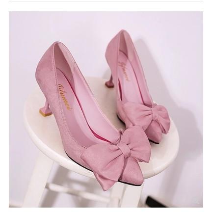 Giày cao gót nữ đế nhọn chất da lộn đính nơ thích hợp dạo phố - 3537843 , 1067869554 , 322_1067869554 , 190000 , Giay-cao-got-nu-de-nhon-chat-da-lon-dinh-no-thich-hop-dao-pho-322_1067869554 , shopee.vn , Giày cao gót nữ đế nhọn chất da lộn đính nơ thích hợp dạo phố