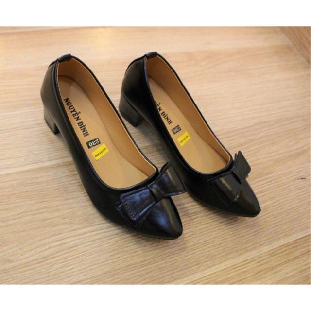 Giày bít mũi gót thấp đính nơ - 2866601 , 388267402 , 322_388267402 , 189000 , Giay-bit-mui-got-thap-dinh-no-322_388267402 , shopee.vn , Giày bít mũi gót thấp đính nơ