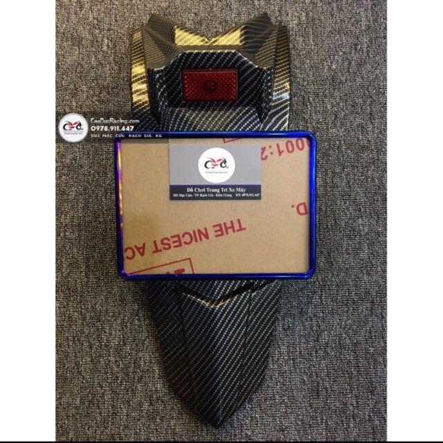 COMBO DÈ FZ EX150sown cacbon và khung biển số titan