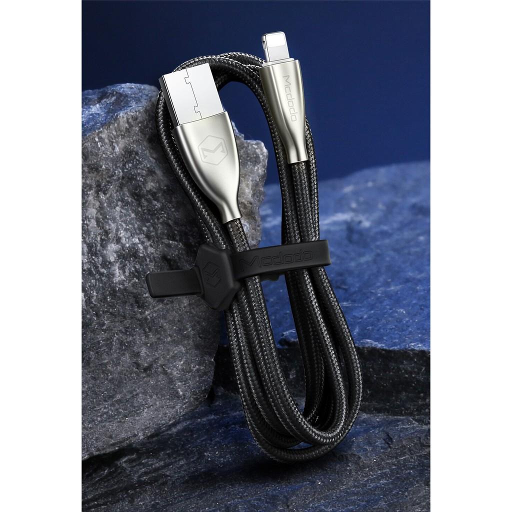 Dây cáp sạc pin có đèn led dành cho iphone dài 1.8m