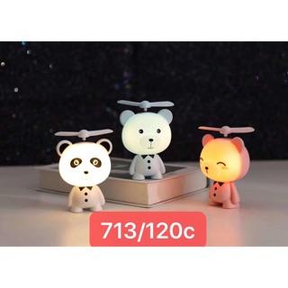 Quạt điện mini cầm tay gấu có đèn và dây đeo Q9504