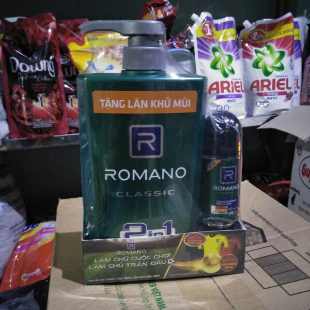 RomanoClassic tắm gội 2in1 650g, tặng lăn khử mùi Romano 40ml.