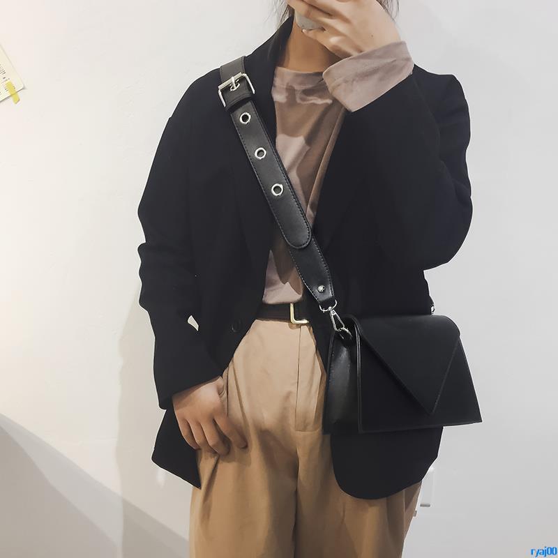 Full order250000shipmentsHong Kong style retro small square bag female 2018 new South Korea ins super fire crossbody bag