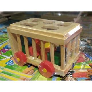 Xe thả hình gỗ