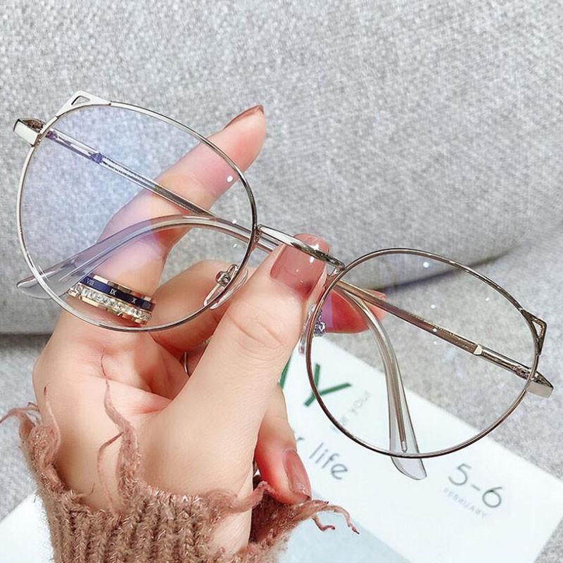 Mắt kính gọng tròn chống bức xạ và ánh sáng xanh cho nữ