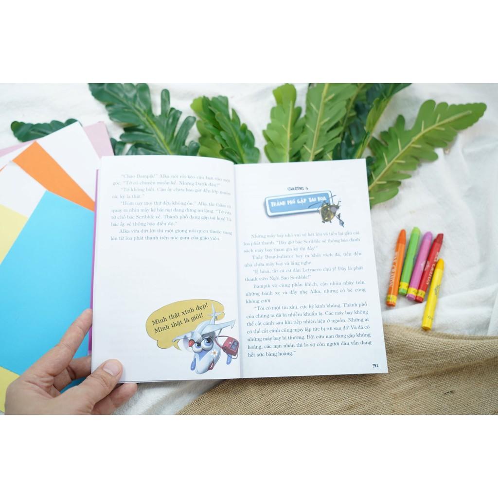 Sách – Thành Phố Máy Bay – Bí Ẩn Hồ Nhiên Liệu