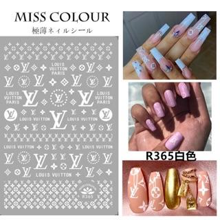 Sticker dán móng tay dạ quang thương hiệu thumbnail