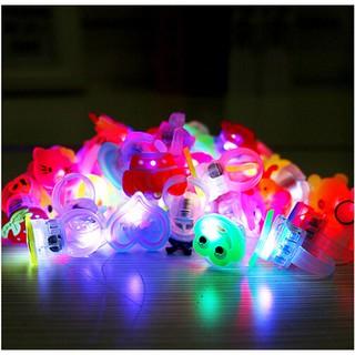 10pcs/lot Cute Kids LED Lights Up Flashing Finger Rings Atmosphere lights dn