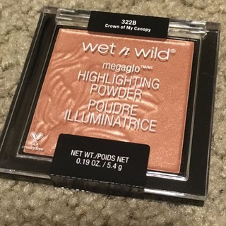 PHẤN HIGHLIGHT WET N WILD – CROWN OF MY CAPONY