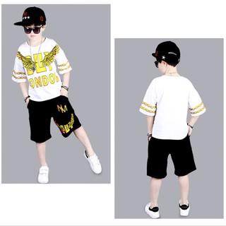 Set bộ quần áo trẻ em cộc tay mùa hè in hình LONDON dành cho bé trai từ 18-28kg. Chất liệu cotton 4 chiều