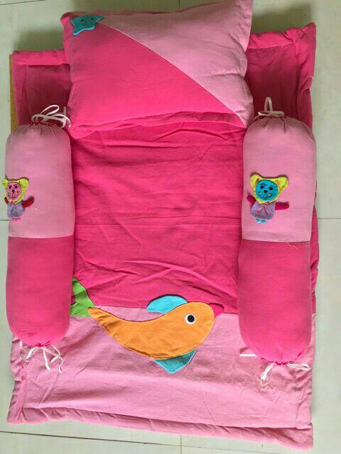 Bộ nệm gối cho bé sơ sinh vải kara