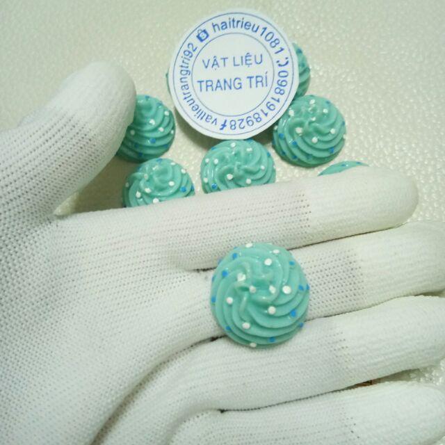 Cục kem xanh charm slime