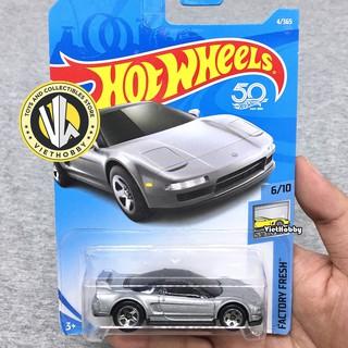 Xe mô hình 1:64 Hot Wheels Basic – 90 Acura NSX