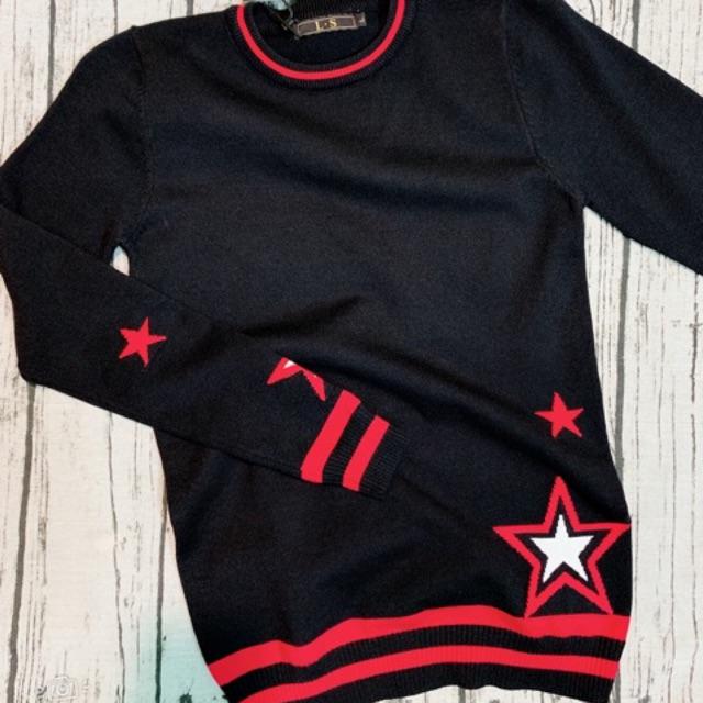 Áo len Gvc chất len mịn k xù. Giá 270k ae đặt để lại size