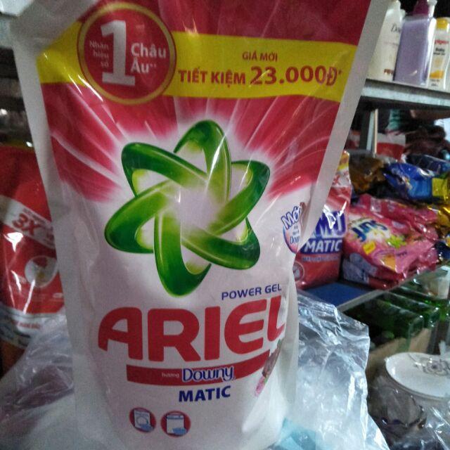 Nước giặt Aries hương downy matic, khối lượng 1.4kg.