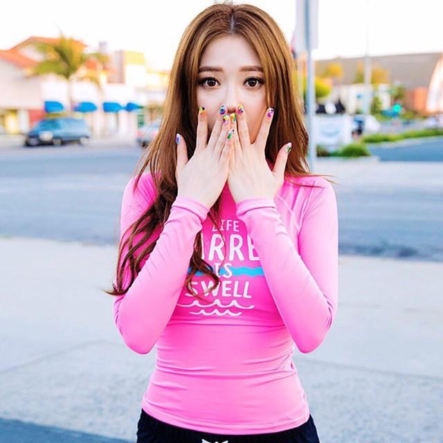 Đồ bơibikini dài tay phong cách Hàn quốc áo Hồng loại đẹp