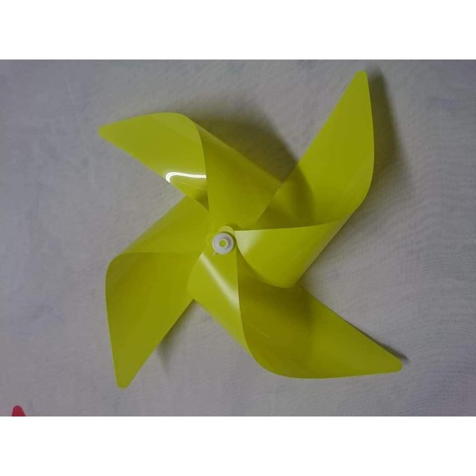 Combo 20 chong chóng nhựa đủ màu ĐK 25 cm dây treo đi kèm 6 mét dây bọc nhựa