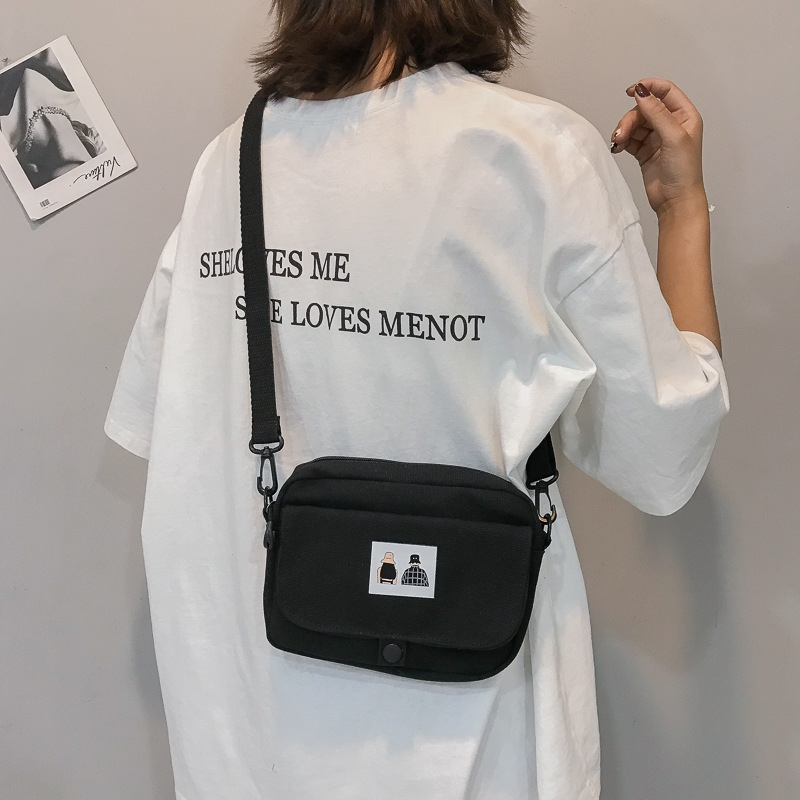 Túi đeo vai họa tiết hoạt hình dễ thương xinh