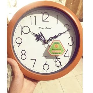 Đồng hồ cam nhỏ xinh