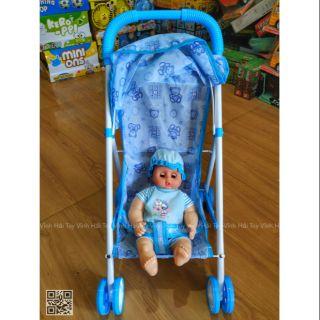 Xe đẩy em bé,tặng kèm 1 búp bê cực đáng yêu, đồ chơi yêu thích của các bé.