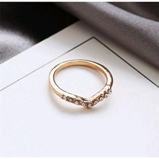 Nhẫn đeo chữ V đính đá giả độc đáo phong cách Hàn Quốc, thời trang, sang trọng thumbnail