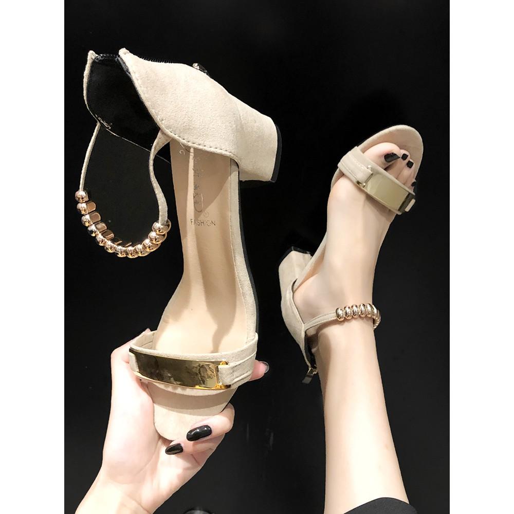 Giày sandal cao gót đế dày thời trang nữ tính
