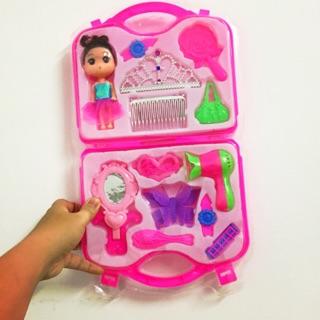 Bộ đồ chơi VALI TRANG ĐIỂM kèm búp bê CHIBI dành tặng cho bé