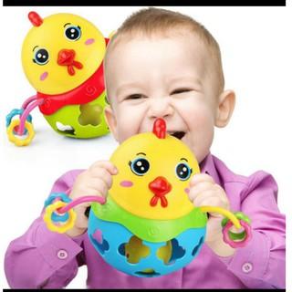 Đồ chơi lắc tạo tiếng nhạc cho trẻ em hình con gà